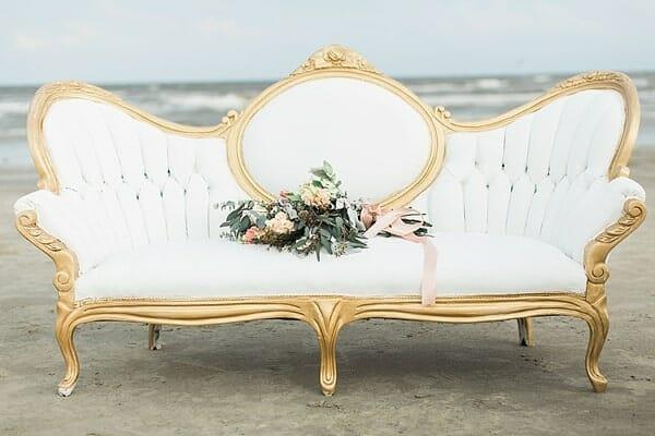 white-velvet-wedding-sofa