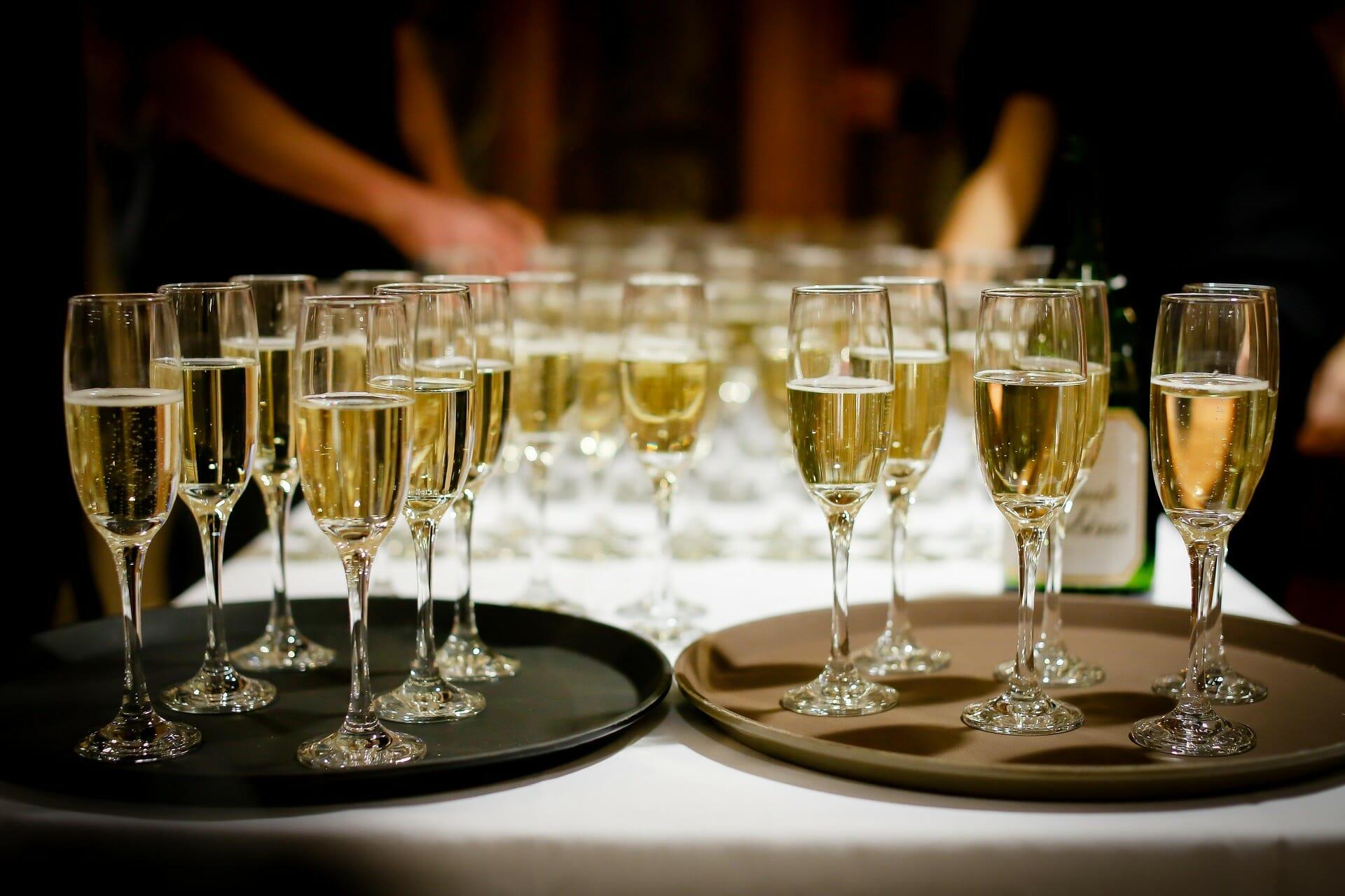 Wedding Wine - Featured Image