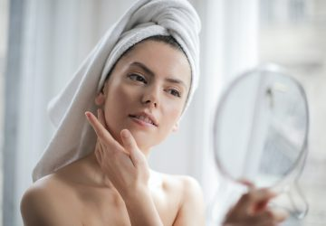 Applying Serum in Mirror