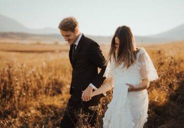 Engagement Photo - Featured Image