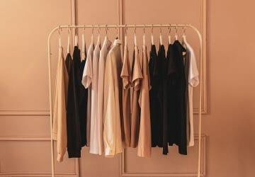 Summer Capsule Wardrobe - Featured Image