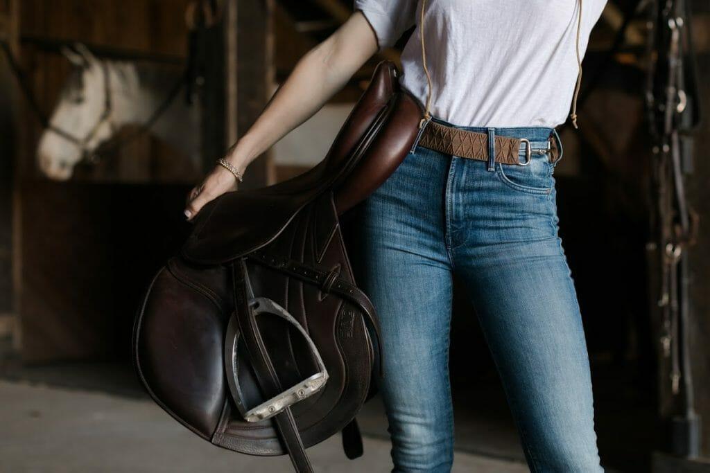 English Saddle with Ellany Belt
