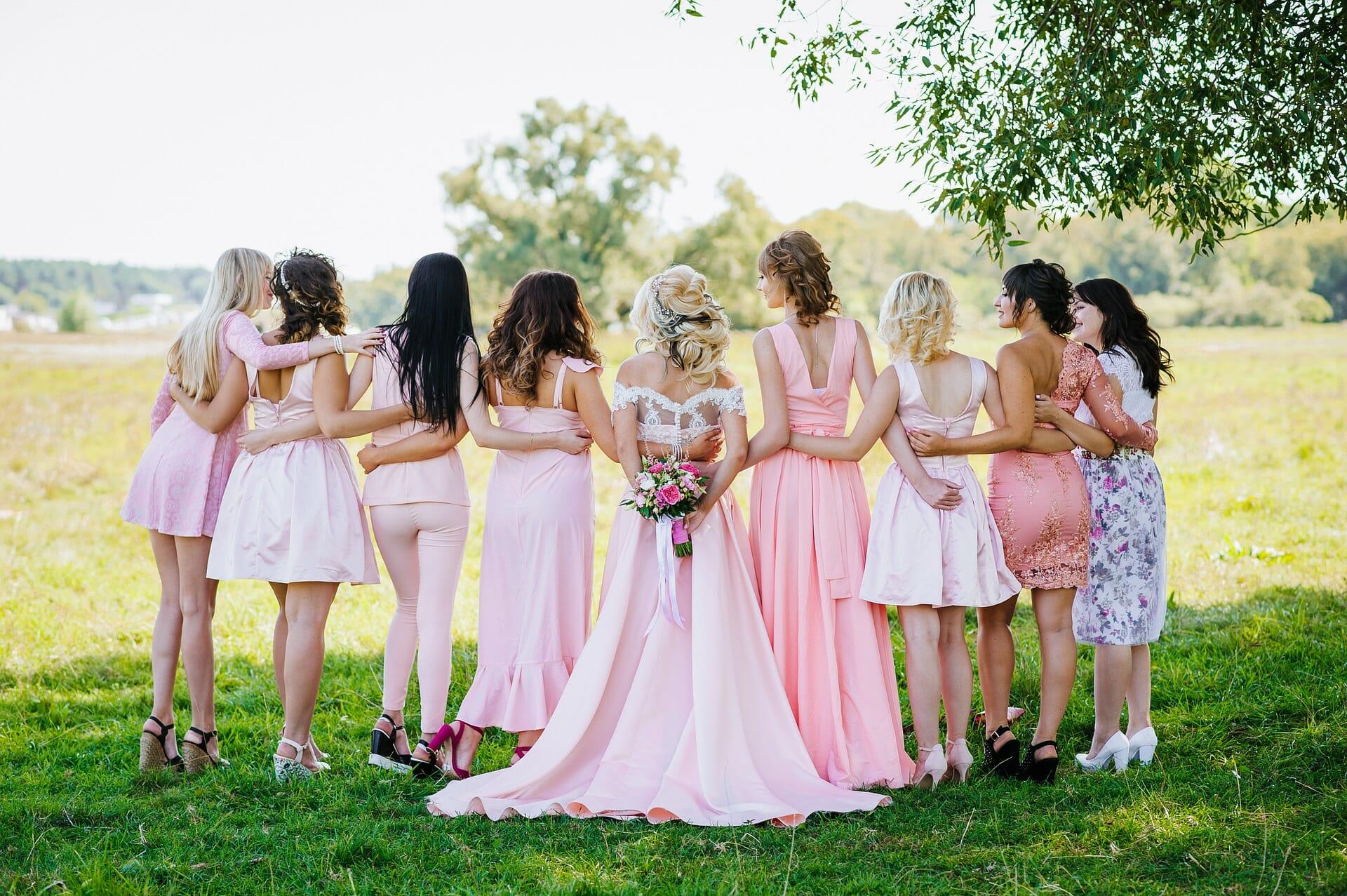 Bride & Bridesmaids - Horizontal